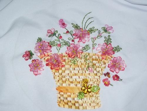 Flores bordadas en cintas - Imagui