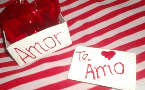 Imagen cajita y targetita para un Amor - grupos.emagister.com