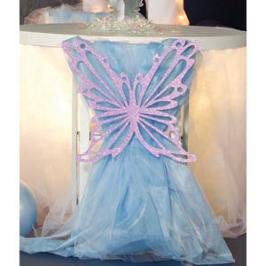 Decoracion baby shower de mariposas y flores fiestaideas for Sillas para quinceaneras
