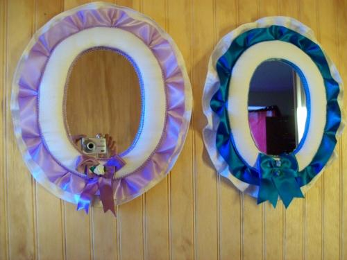 Imagen espejos decorados en tela y cintas grupos for Imagenes de espejos decorados