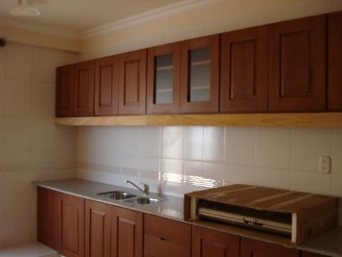 Imagen mueble de cocina encerado - Mueble persiana cocina ...
