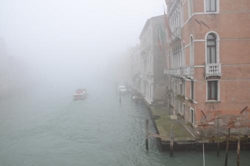 Niebla en venecia