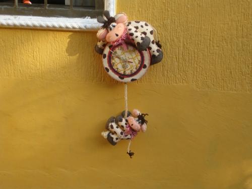 ... de Grupo de Labores y manualidades > Reloj de vaca